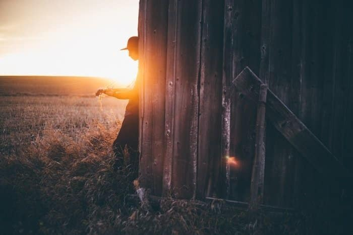 self portrait photography ideas with flares 3